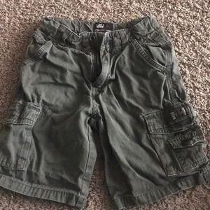 Boys shorts size 4T